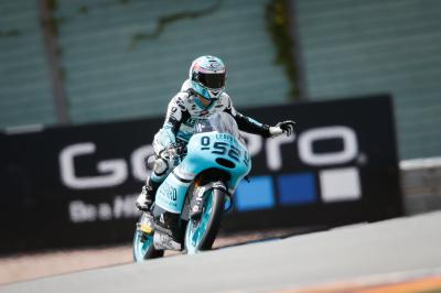 Kent ao comando da Moto3™