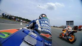 Disfruta del comienzo de carrera en MotoGP™ desde las motos de los pilotos.