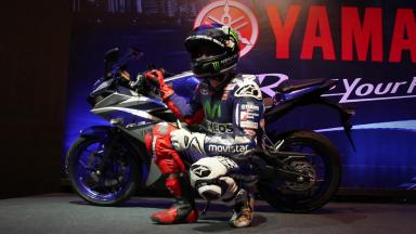 Lorenzo shows off YZF-R3 in Brazil
