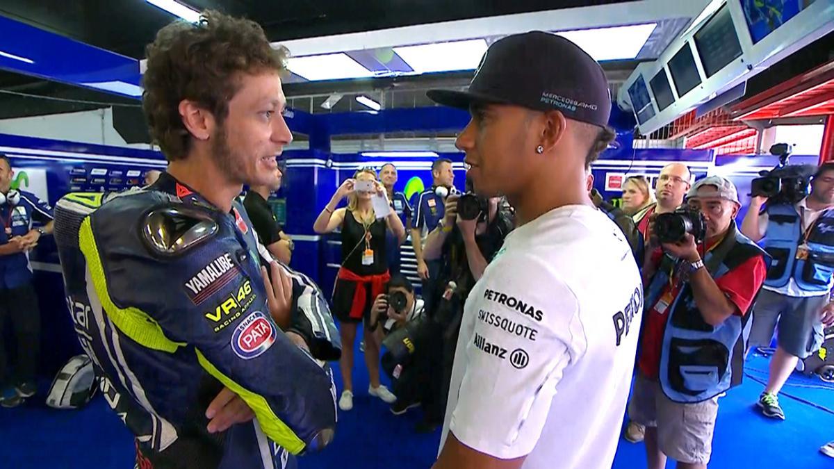 ¿Cuánto mide Lewis Hamilton? - Estatura y peso - Real height 3001_10_2015_inp_pre_mgp_edit_hamiltonmotogpbike_en_0.big