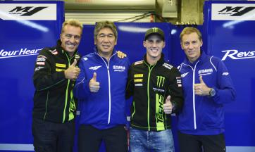 Pol Espargaro to stay with Monster Yamaha Tech 3 in 2016