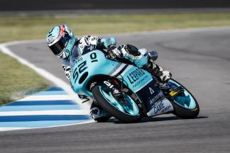 Kent stamps authority on Moto3™ FP3