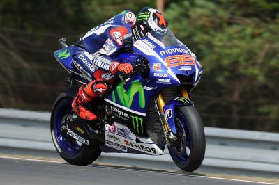 Lorenzo impone su ritmo el viernes en Brno