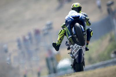 "Rossi: ""His bike lost some oil and I crashed"""