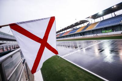Extra Sighting Laps for wet races with dry practice sessions