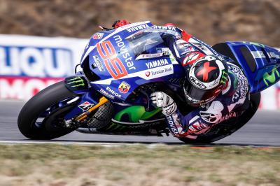 Lorenzo na frente da FP4 de MotoGP™
