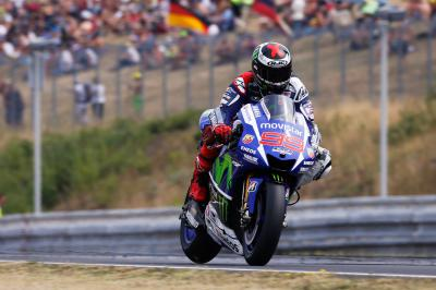Lorenzo marca ritmo no warm up matinal do MotoGP™