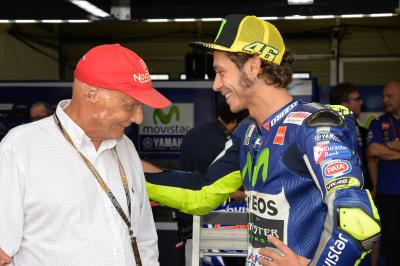 Lauda : « Le MotoGP est plus spectaculaire que la F1 »
