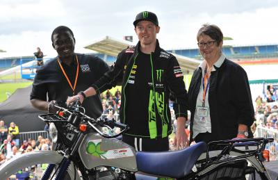MotoGP™ stars raise over £200,000 for Riders for Health