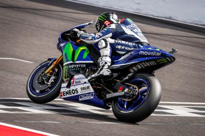 Lorenzo vuelve a ser primero en la FP3 de MotoGP™