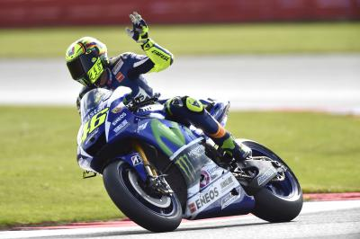 Can Rossi take the lead at the #BritishGP?
