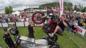Momentos divertidos del Gran Premio Octo de Gran Bretaña, filmados exclusivamente con cámaras GoPro™.
