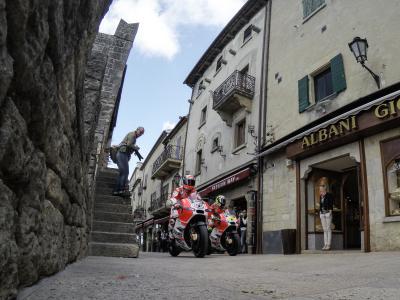 Ducati Team auf den Straßen von San Marino