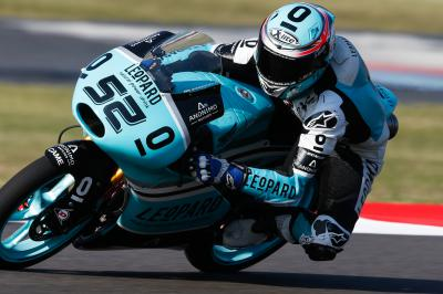 Last-gasp Kent tops Friday's Moto3™ practice