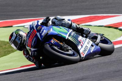 Lorenzo, primero en la FP2 de MotoGP™