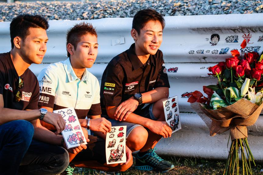 CIP and former crew paid tribute to Shoya Tomizawa © OffBikes / Thomas Morsellino