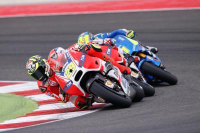 Iannone: «No era fácil rodar con neumáticos lisos»