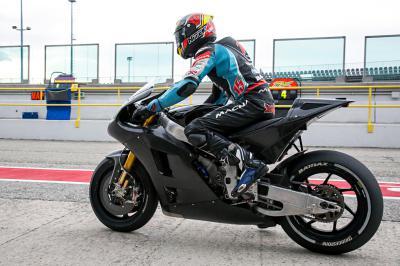 De Angelis prova l'Aprilia RS GP