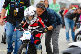 Alain Bronec with the traveling school of the FFM in Muret circuit