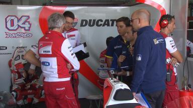 Los pilotos de MotoGP™ acaban el último test con Michelin antes de 2016