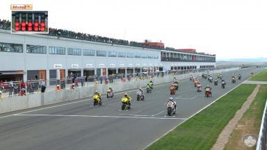 Resumen 2ª carrera de Moto2 FIM CEV Repsol en Navarra