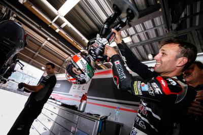 Triumphant Johann Zarco lifts Moto2™ world title