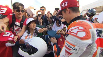 Marquez & the Security's hat: Will he or won't he?