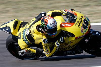 Rins domina los entrenamientos del viernes en Moto2™