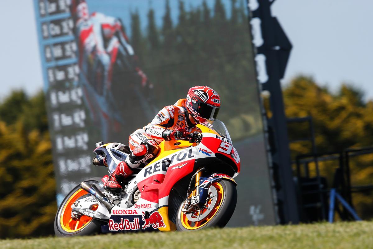 Sensational Marquez takes 8th pole position of 2015 | MotoGP™