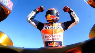 Marquez batte Lorenzo, Iannone sul podio