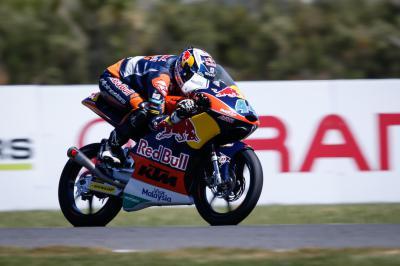Oliveira, ganador del GP Pramac de Australia en Moto3™