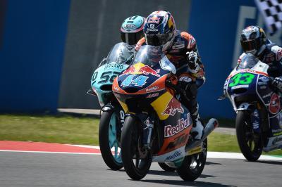Duelo entre los dos aspirantes al título de Moto3™ en Sepang