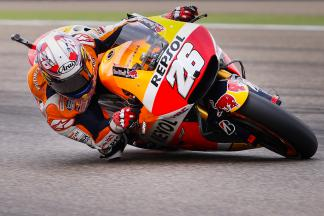 Pedrosa sets the early pace