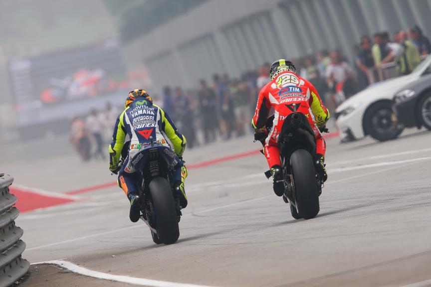 Valentino Rossi, Andrea Iannone, Movistar Yamaha MotoGP, Ducati Team, Malaysian GP Q2