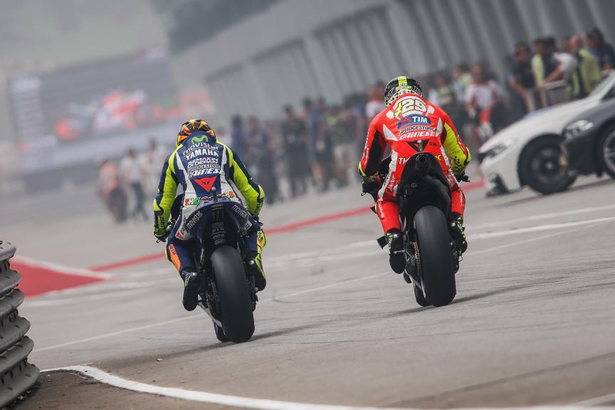 Valentino Rossi, Andrea Iannone, Movistar Yamaha MotoGP, Ducati Team, Malaysian GP