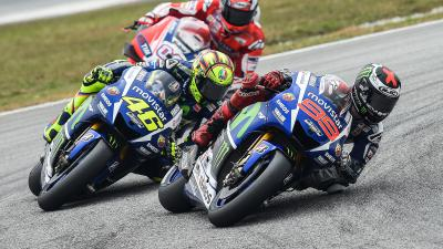 How Rossi or Lorenzo can become champion