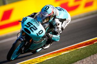 Kent gets title hopes off to dream start in Moto3™