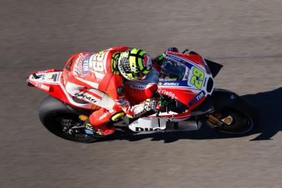 Iannone MotoGP™: MGP1 mit Bestzeit
