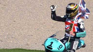 Oliveira gana la carrera pero Kent se lleva el título de Moto3™