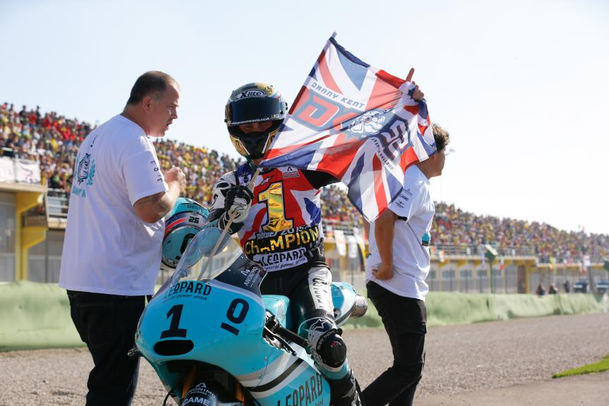 2015 Moto3 World Champion Danny Kent, Leopard Racing, Valencia GP Race