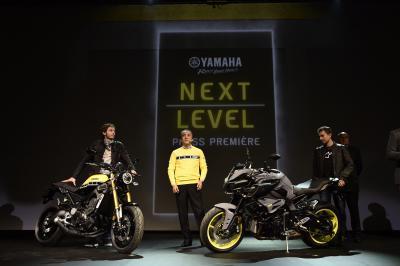 Lorenzo y Rossi presentan las novedades de Yamaha en Milán