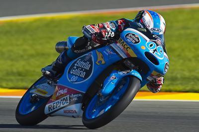 Navarro: «La Honda de 2016 se muestra muy competitiva»