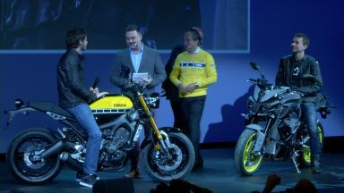 Lorenzo y Rossi presentan las novedades de Yamaha 2016