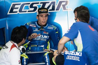 Aleix Espargaró se lesiona la espalda