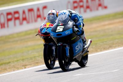 Best of 2015: Moto3™ Overtakes