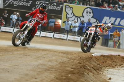 Baker ist Superprestigio Champion