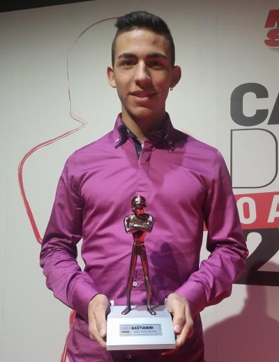 Bastianini premiato con il Casco Tricolore di Motosprint