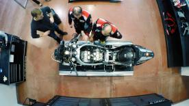 No screens and no garage doors – This is how a MotoGP bike is built!