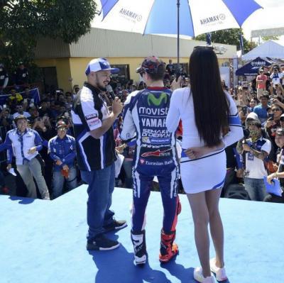 Jorge Lorenzo visits fans in Manila