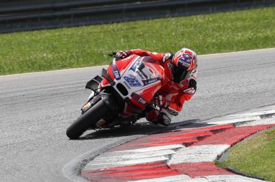 Stoner fait son retour sur Ducati à Sepang